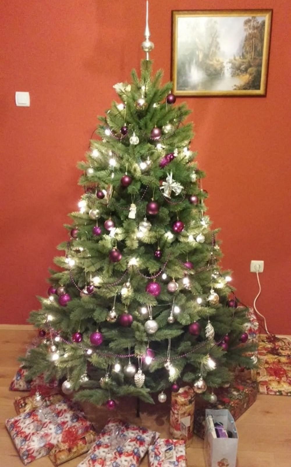 Karácsonyfa-Műfenyő 185 cm