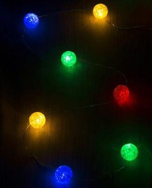 Karácsonyi világítás színes LED golyókkal