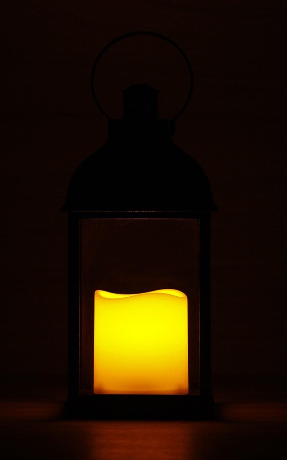 Antikolt lámpás pislákoló LED gyertyával