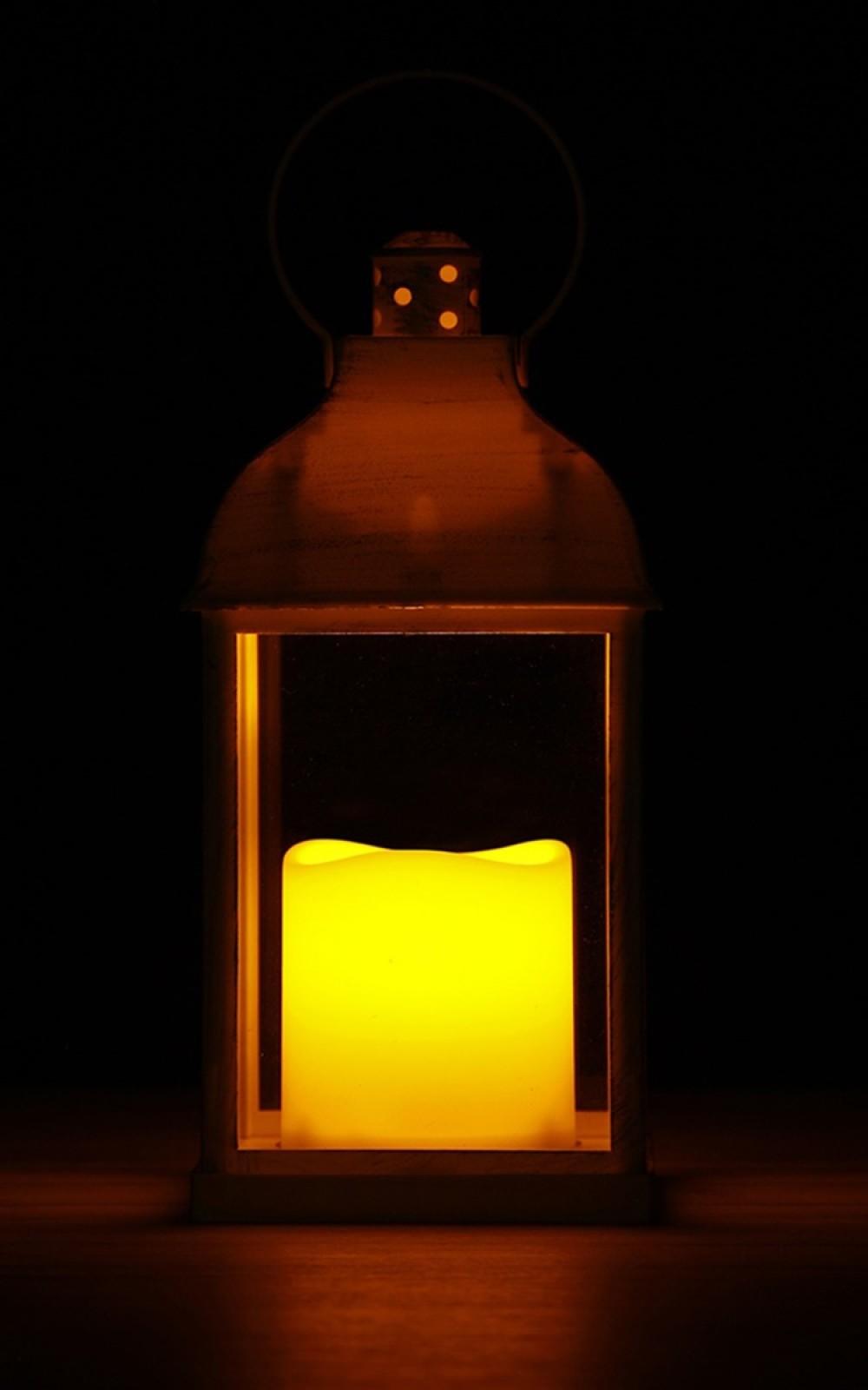 Vintage lámpás pislákoló LED gyertyával
